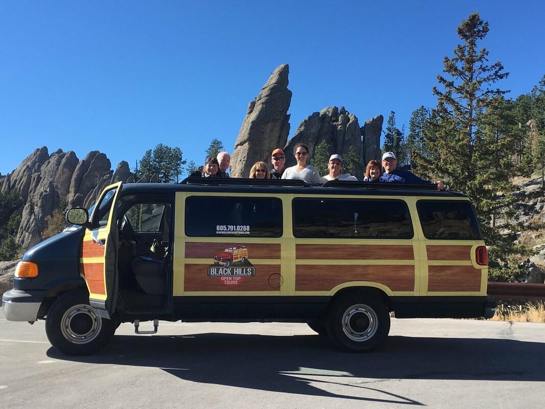 Van - Buffalo Safari - BLACK HILLS OPEN-TOP-TOURS